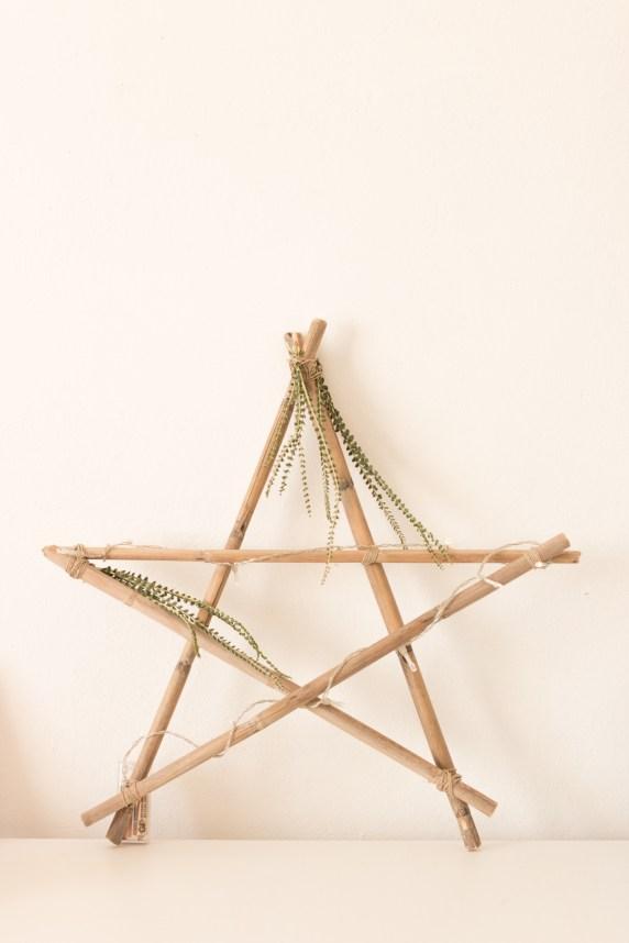 DiY • Comment créer une étoile lumineuse en décoration de Noël | Blog La Mariée Sous Les Etoiles