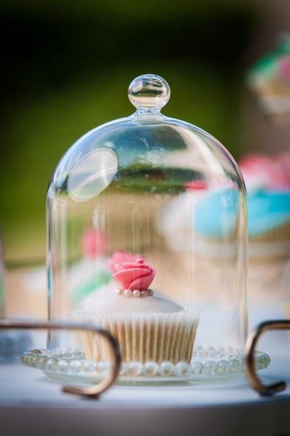shooting-dinspiration-en-mode-garden-party-chic-blog-la-mariee-sous-les-etoiles-credit-romain-le-blond-34