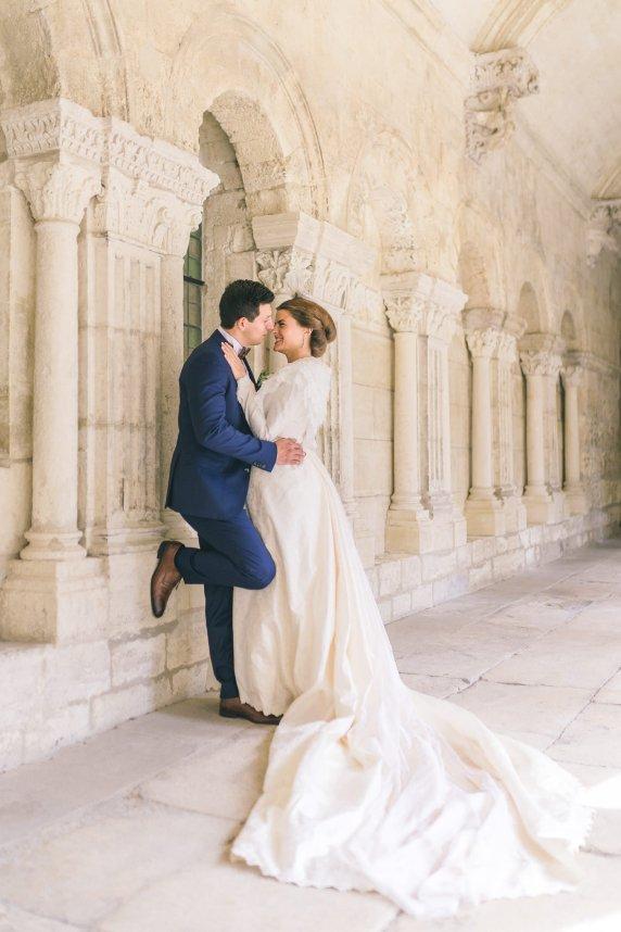 charlotte-laurent_un-mariage-a-arles-entre-tradition-et-modernite_sj-studio-sebastien-cabanes-6