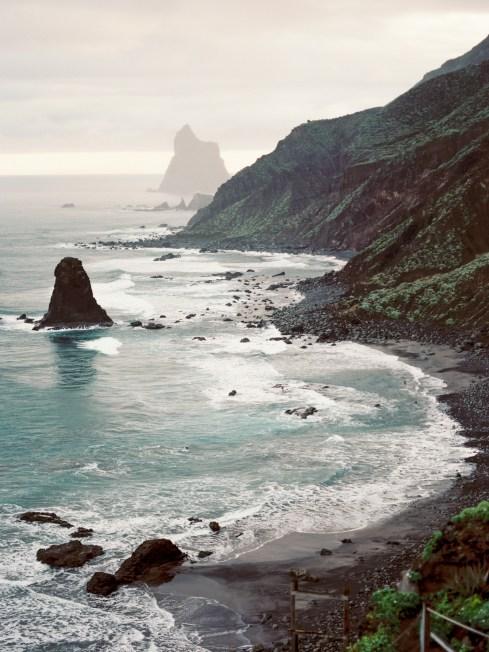 Carolina Ivan Love Session sur la plage Tenerife Island Espagne Credit kseniya bunets-13
