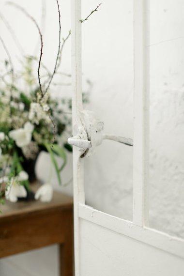 Workshop-coiffures-de-mariee-minimaliste-vegetal-floral-amélie-gouttenoire-photos-frederick-dewitte (29)