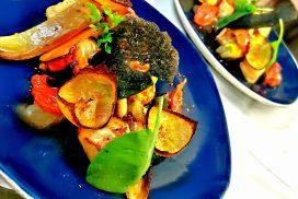 Liche petits légumes de saison blinis courgette jus de viande marinière