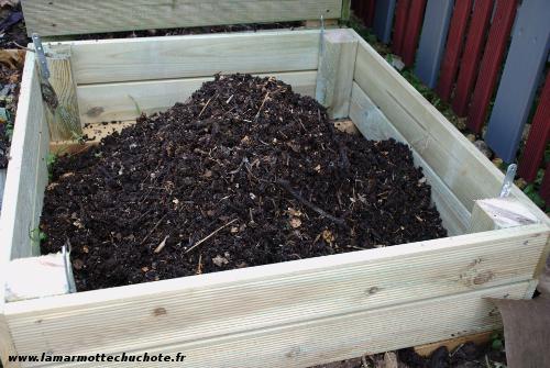 compost-silo