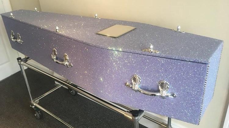 Porque morir no tiene que ser algo oscuro (Fotos: The Glitter Company Facebook)