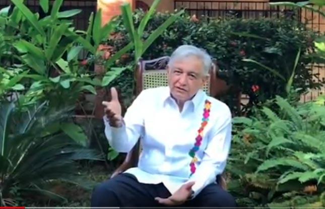 López Obrador también habló de los proyectos que tiene el gobierno federal para el crecimiento económico del país (Foto: Especial)