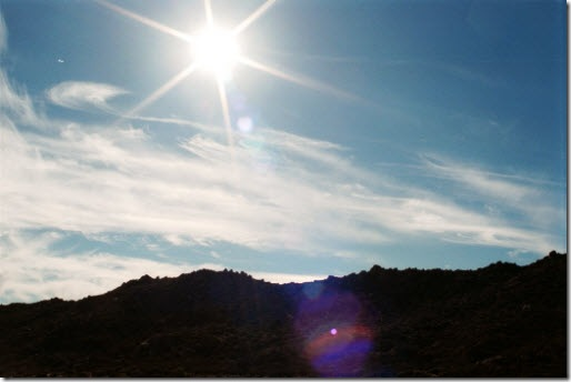 US-CA-San-Diego-desert-hexagonal-and-star-lens-flare-from-sun-MB