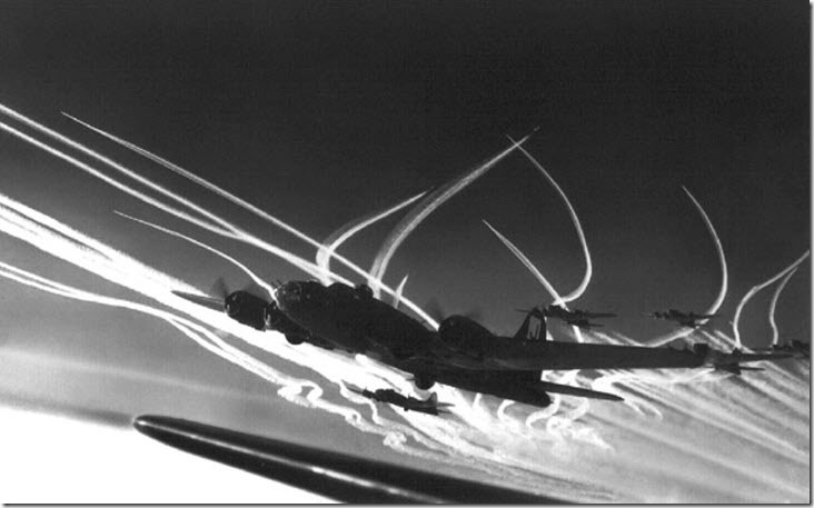 wwii contrail