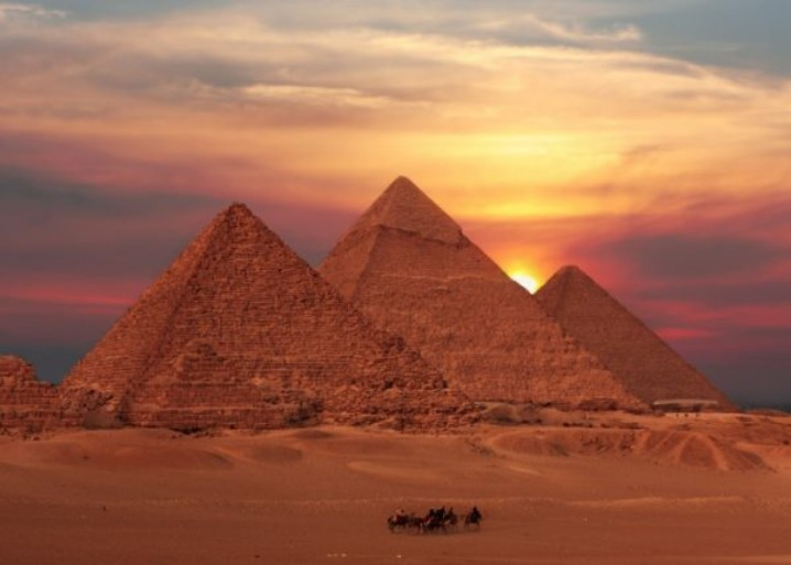 piramides.jpg?resize=718%2C513&ssl=1