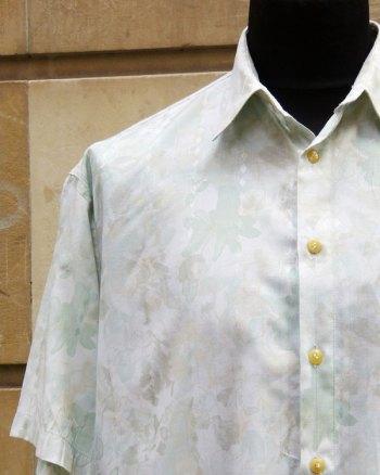 Camisa 80's Estampada con flores verde pastel