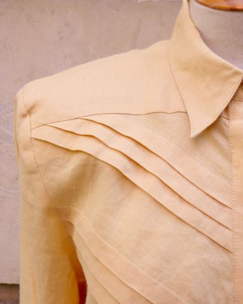 Breast Pleated 1980s Linen Blouse