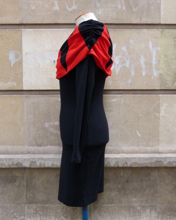 Vestido de noche 80's con escote de hombros