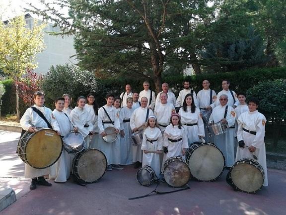 El Grupo de Tambores y Bombos de Mare de Déu de la Mercè solicita la colaboración de los feligreses de la comunidad para poder comprar implementos necesarios y así seguir con la obra de acompañamiento a las celebraciones de la parroquia.