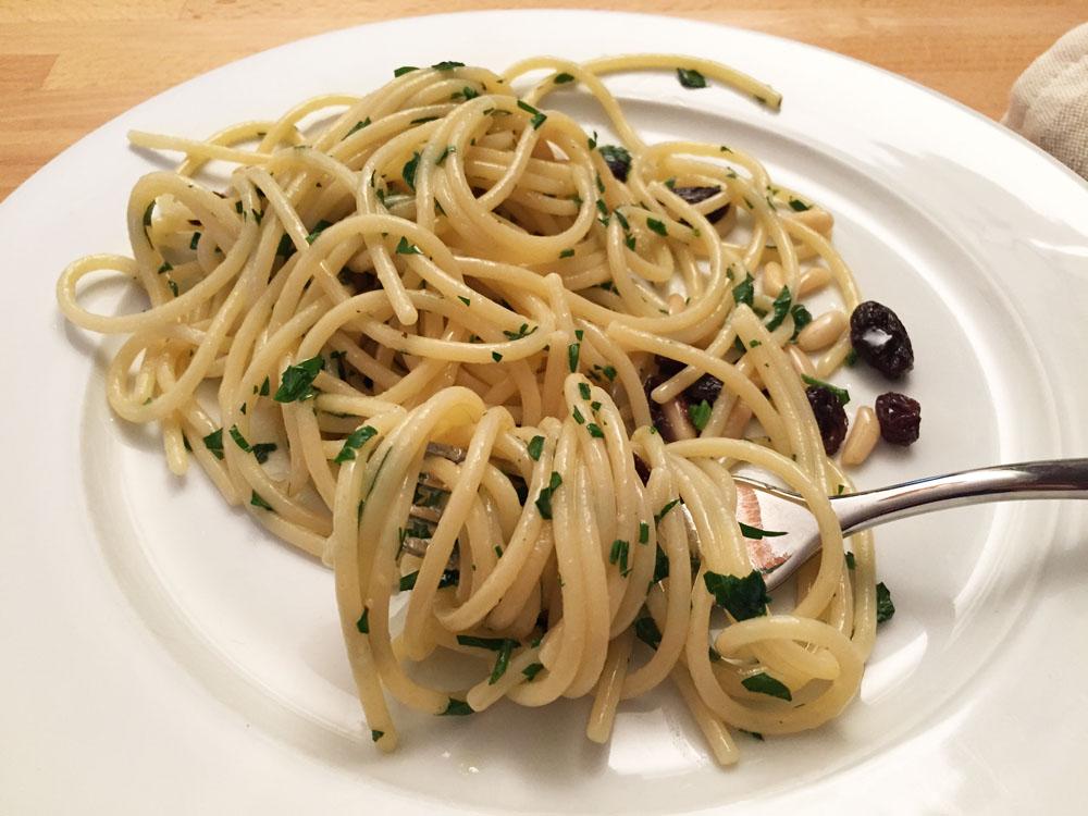Spaghetti all'ischitana aglio olio e peperoncino