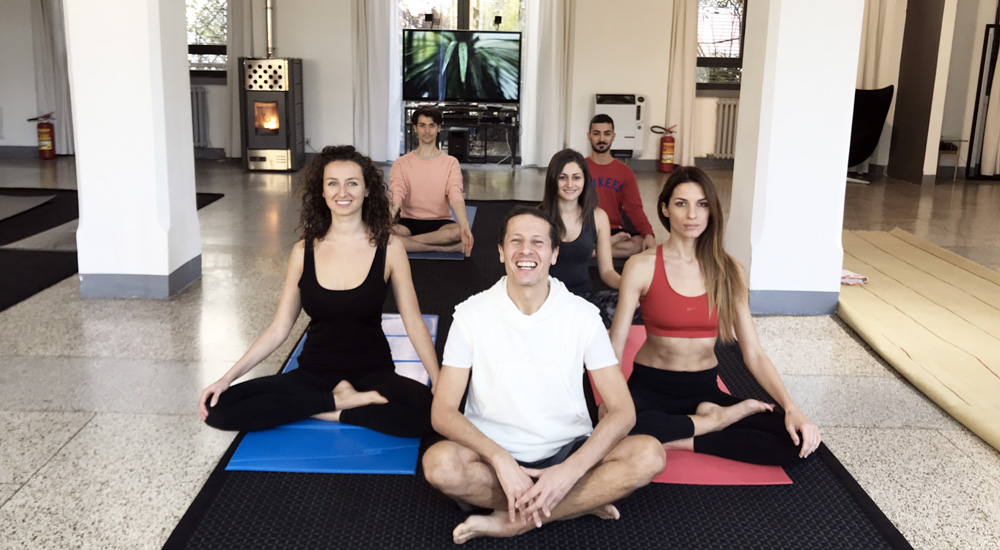 Temporary Yoga Studio di Daniele Petricciuolo