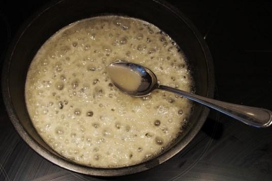 Torta rovesciata di riso e mele