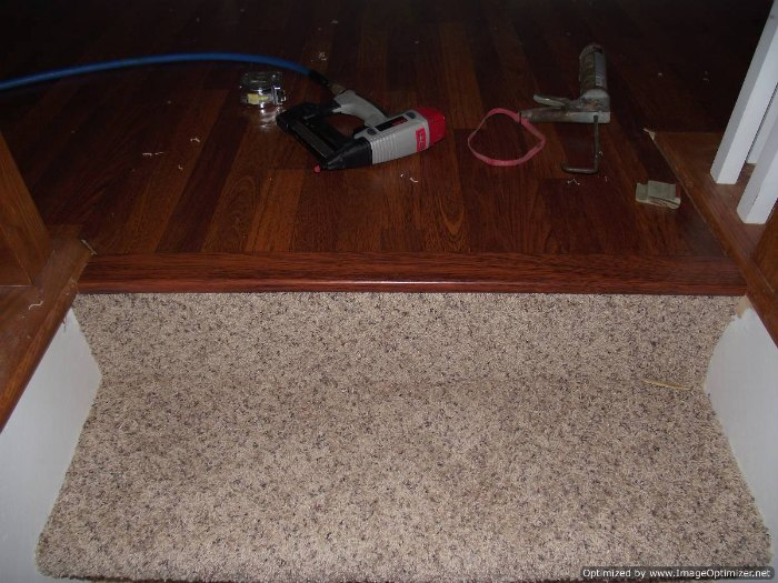 Image Result For How To Install Laminate Flooring At The Top Of Stairs