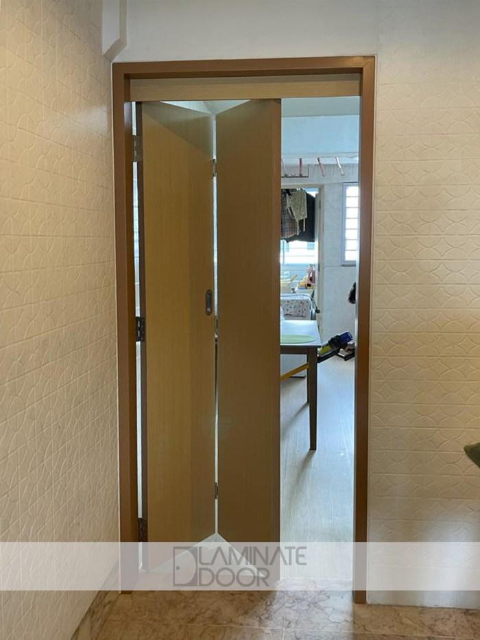 Wooden Bifold Door WBD01