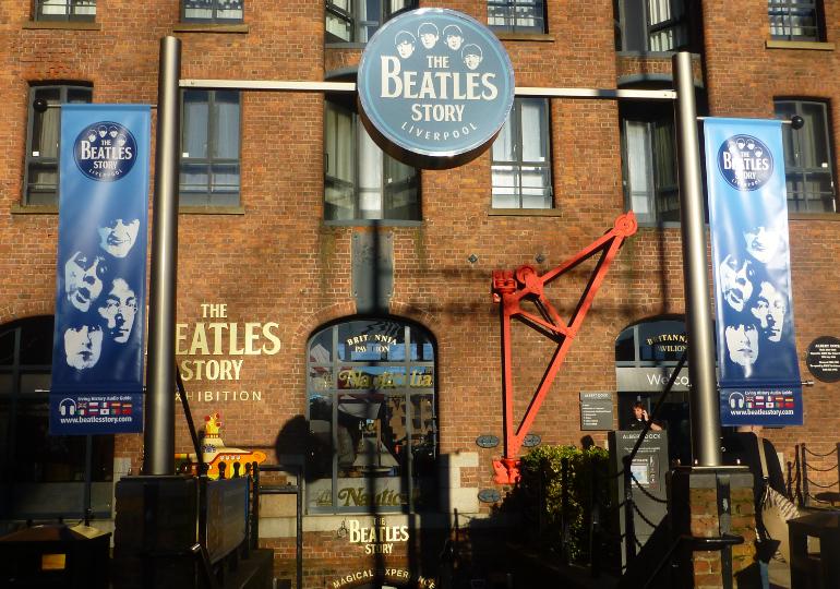 entrada al museo the beatles