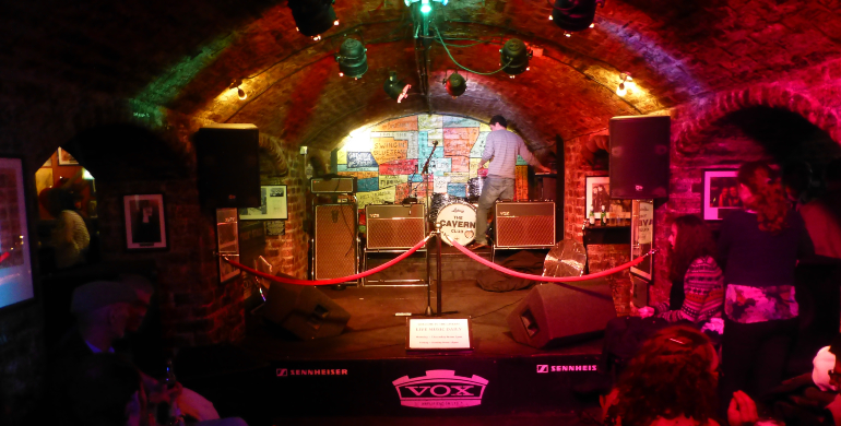 escenario de The cavern