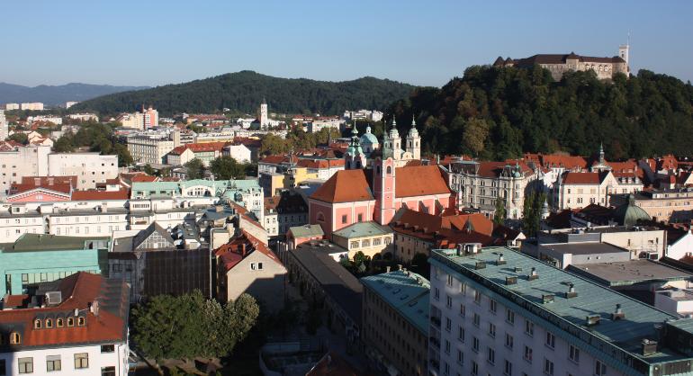 vistas de ljubljana y del castillo