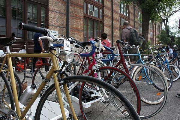 Venta de bicis de segunda mano en el Mercado de motores