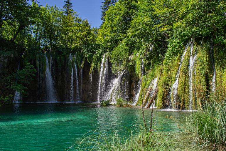 cascada en los lagos de plitvice