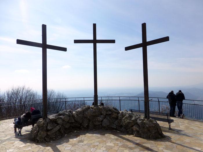 cruces del mirador del faro