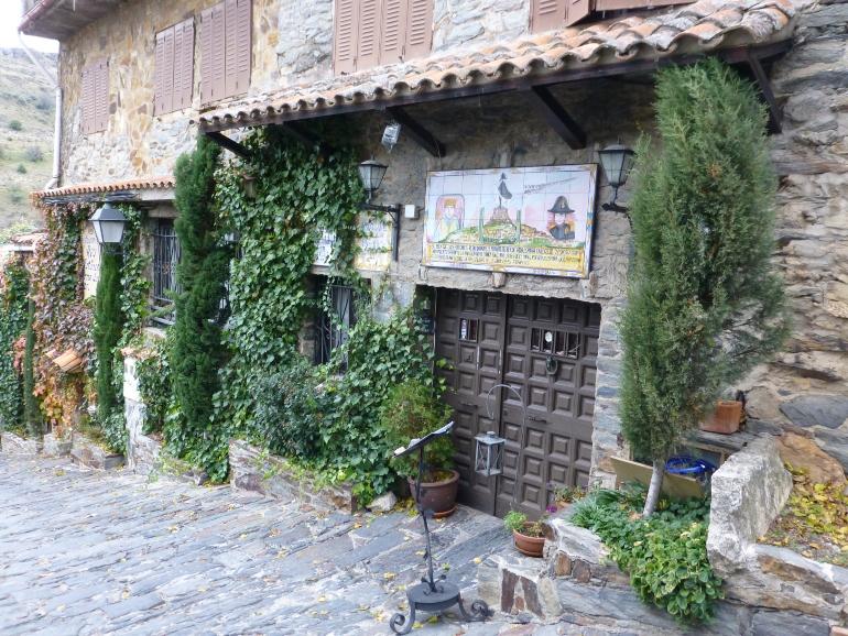 entrada del restaurante rey de patones