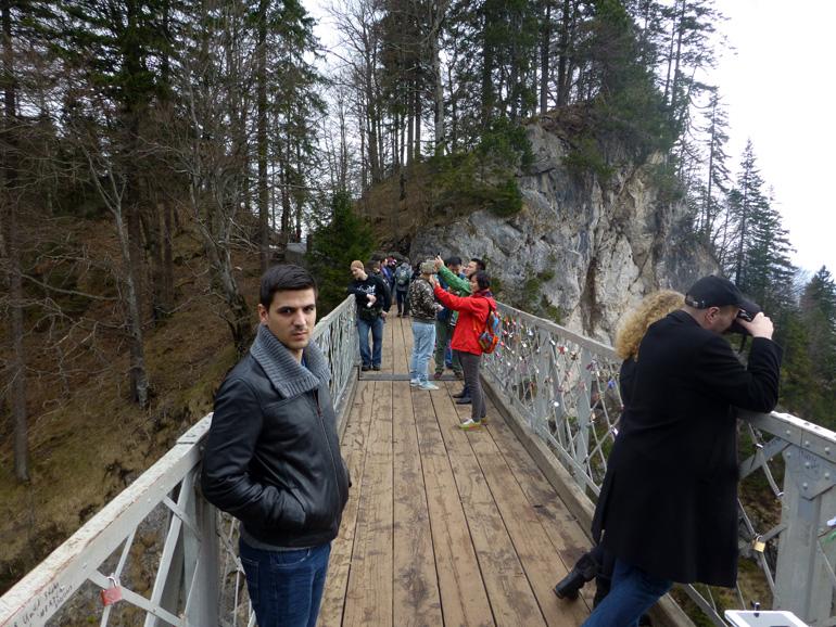 Puente sobre el desfiladero del río Pöllat