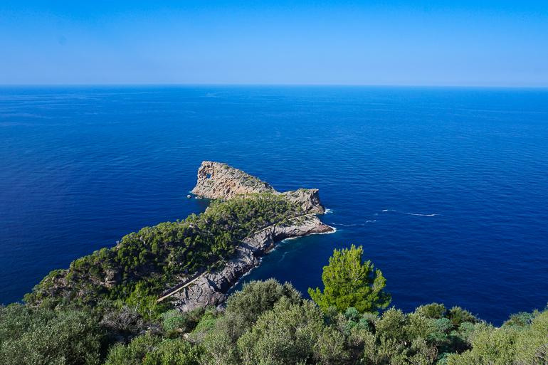 Vista de la península de Sa Foradada desde el mirador