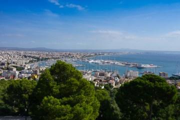 Vistas del puerto de Palma desde el castillo Bellver