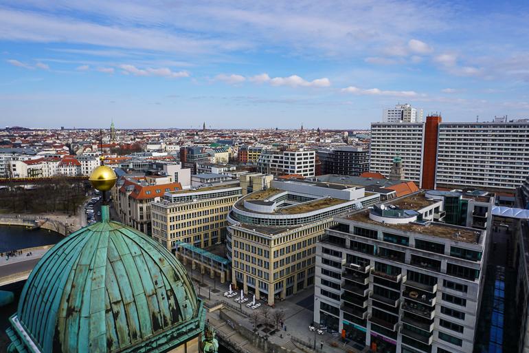 Barrio de Mitte desde la cúpula de la catedral de berlín