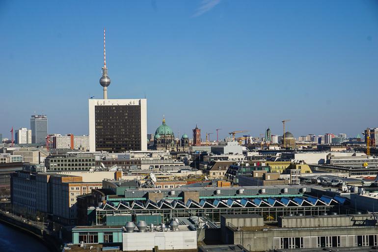vistas-desde-cupula-reichstag-berlin-en-un-fin-de-semana