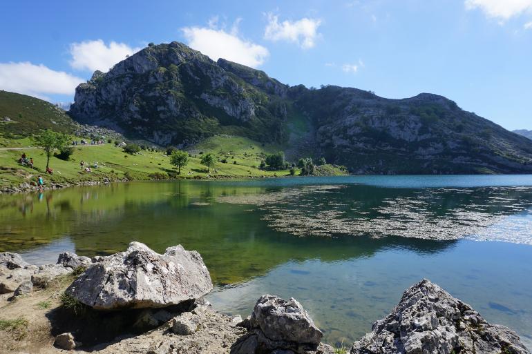 vista del lago enol