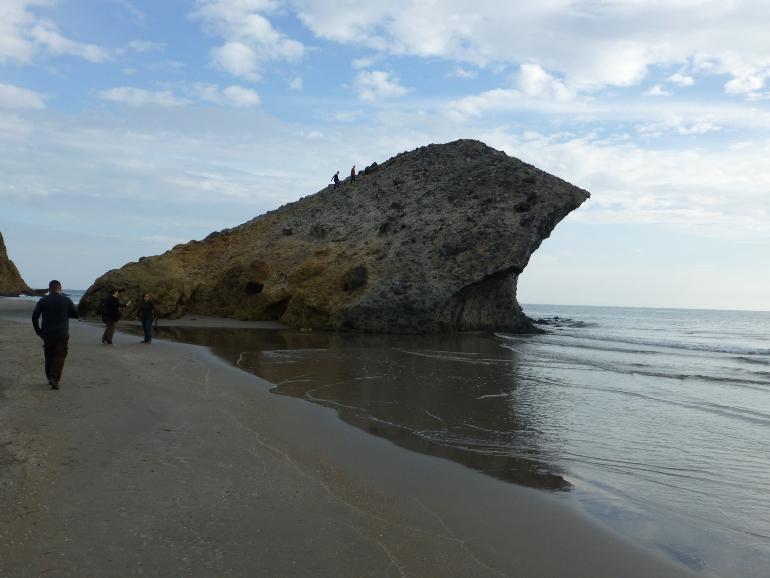 La Peineta en la Playa de Monsul de Cabo de Gata