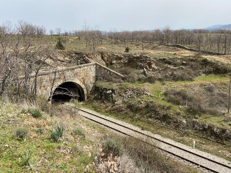 Túnel del ferrocarirl