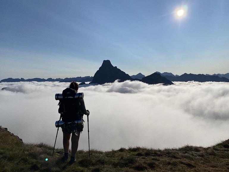 vistas del midi d'ossau desde el pico de los Monjes