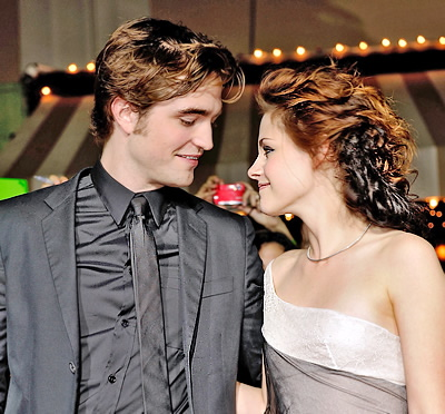 robert-pattinson-and-kristen-stewart-
