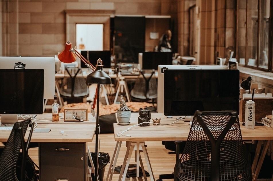 Plafoniere Per Ufficio A Sospensione : Lampade industriali per ufficio