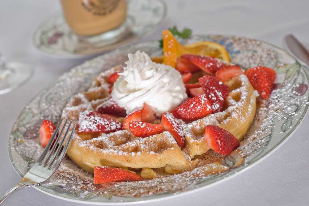 Wfalle with Whipped Cream and Strawberries