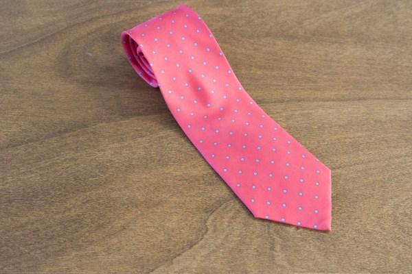Cravatta a pois fondo rosso mod. 251