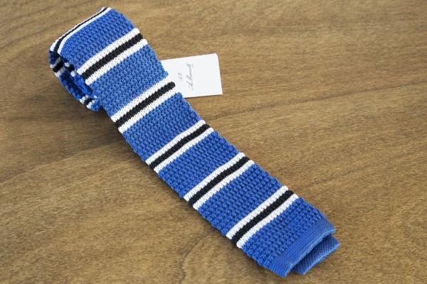 Cravatta in maglina a righe fondo azzurro mod. 305