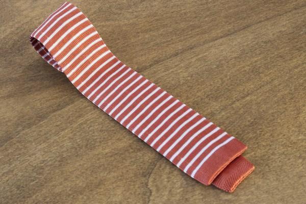 Cravatta in maglina a righe fondo arancione/bianco mod. 312