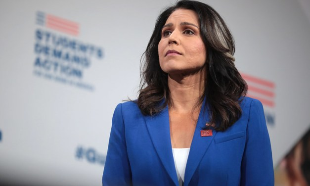 Former Governor of Hawaii says Tulsi Gabbard should resign her congressional seat