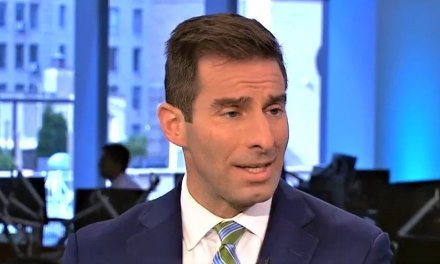 Former federal prosecutor mocks Trump supporters for claiming POTUS hasn't been impeached yet