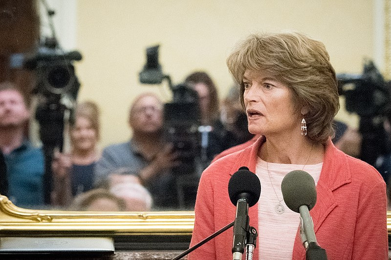 Murkowski blames 'both sides' to lazily excuse her vote to ban impeachment witnesses