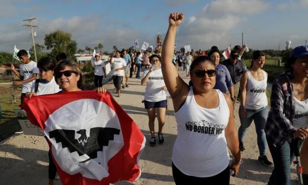 Mexican protesters try to block Americans fleeing coronavirus from entering their country