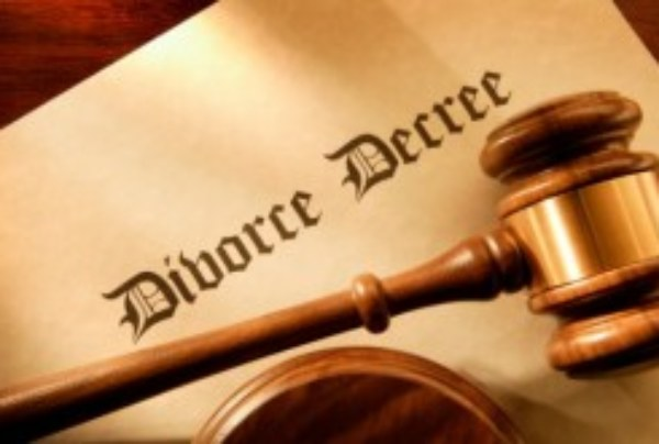 The LanceScurv Talk Show – Is The Institution Of Marriage Just One Big Waste Of Time?