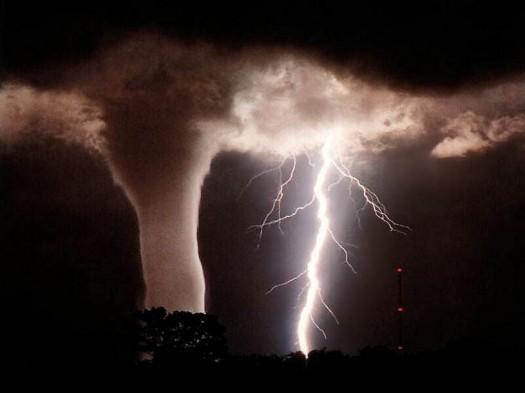 tornado-and-lightning