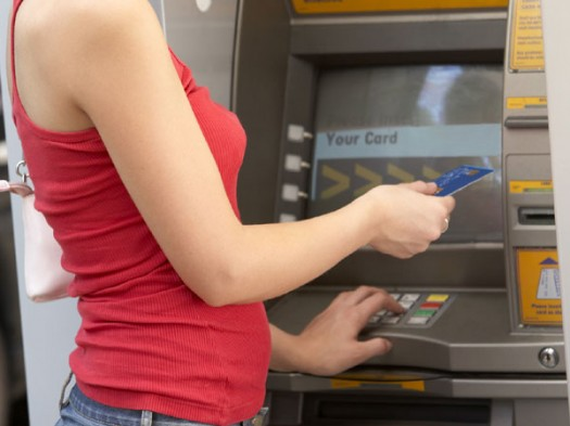 how_to_avoid_being_a_victim_of_atm_scams